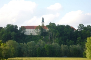 10 ehemaliges-kloster-und-rokokokirche-attel-bei-wasserburg-am-inn